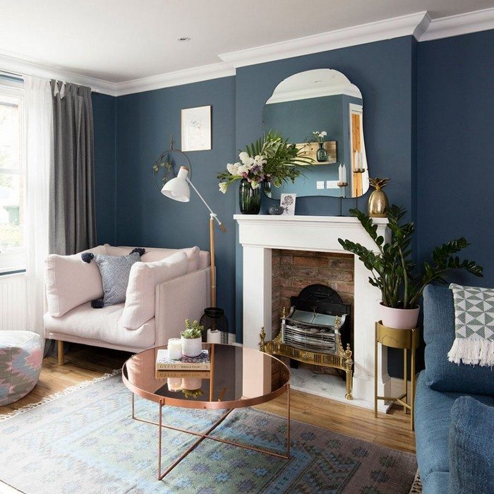 Pair maritime blue with white for a look that's cosy and bright