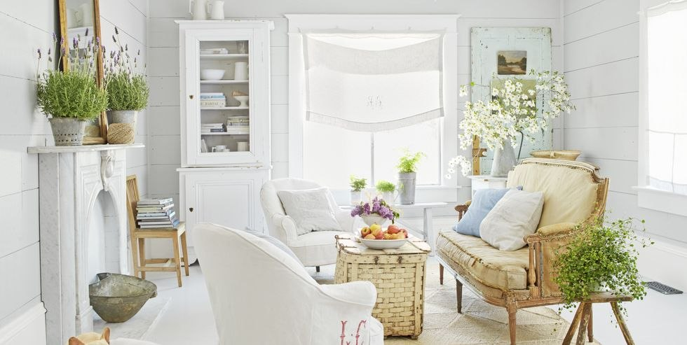 Small and Flowery Living Room