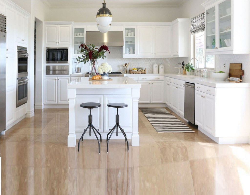 American White Kitchen Design