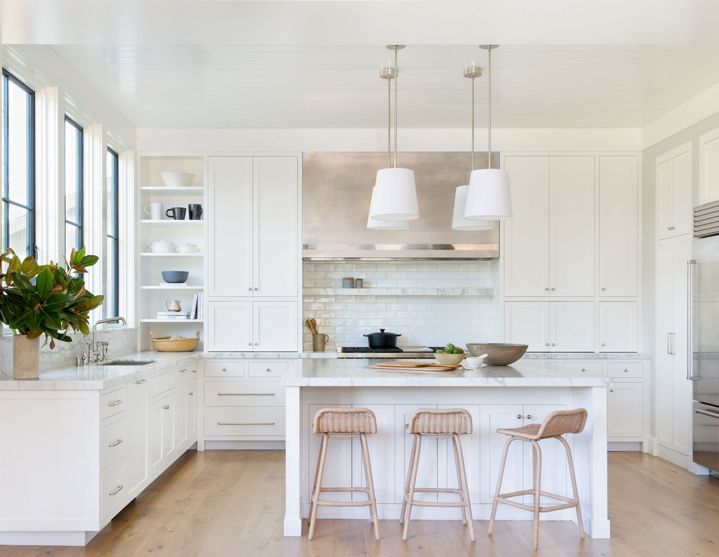 American White Kitchen Decoration