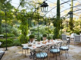 French Style Garden Decoration Suggestions