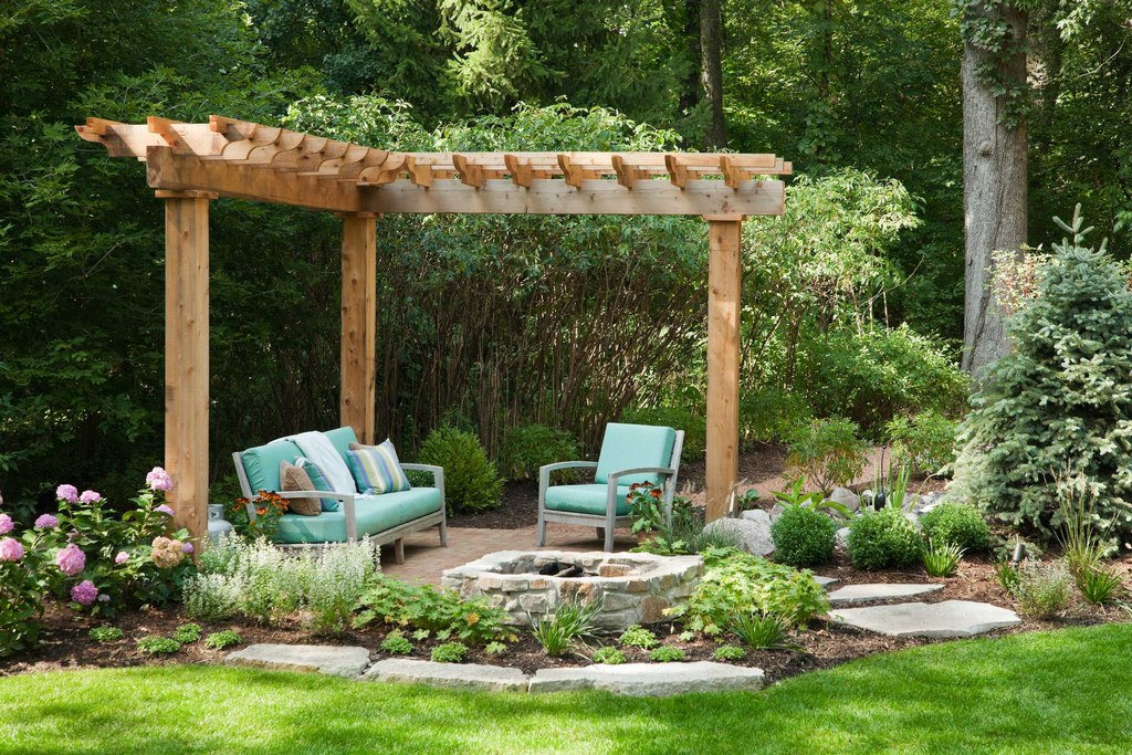 Small Pergola Garden Ideas