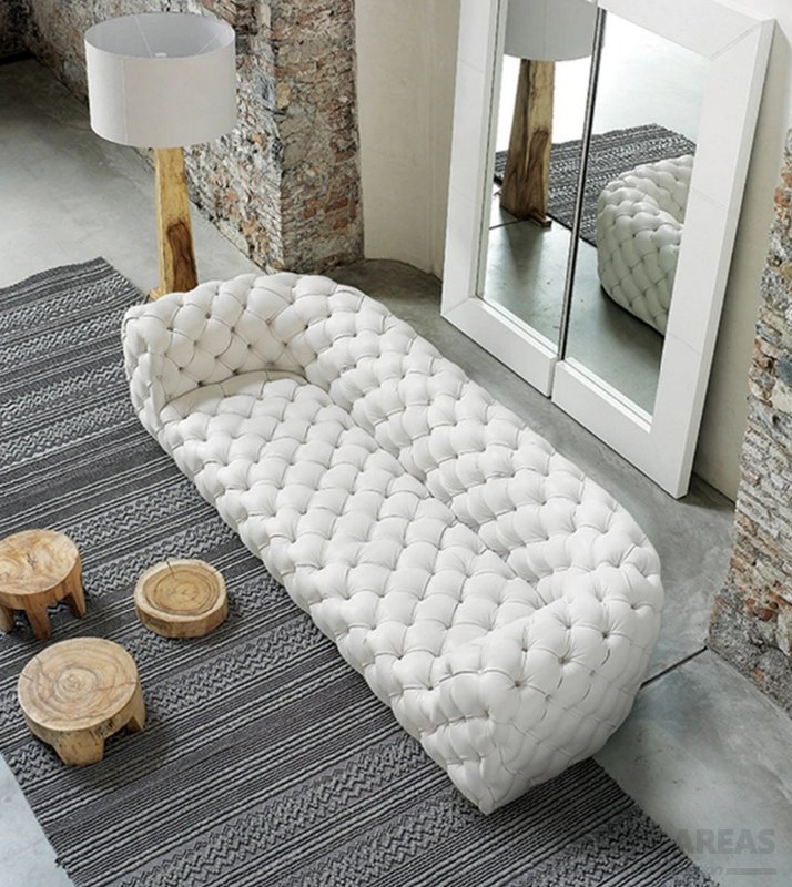 White Sofa for Small Rooms