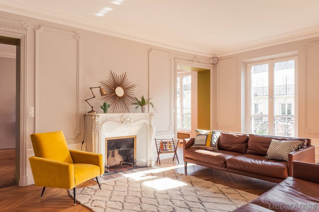 Color Harmony for a Cozy Living Room