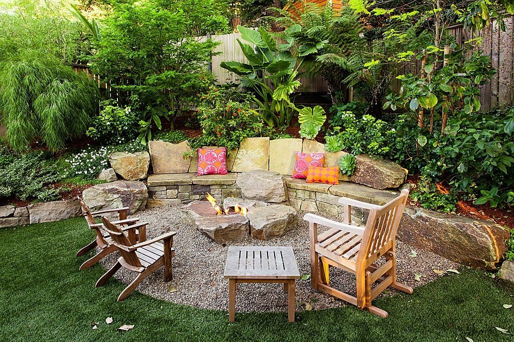 Garden Plan with Seating Area