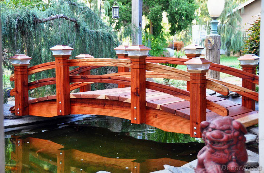 Garden Bridges You Want for Your Home