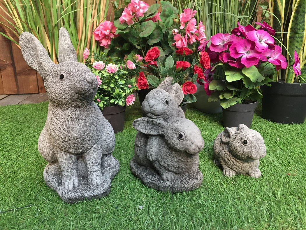 Rabbit Family Statue