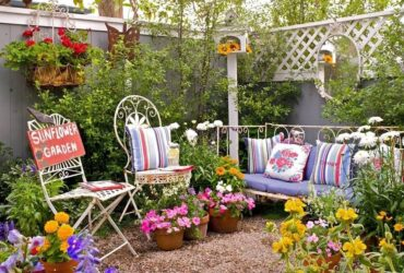 Vintage Garden Decorating