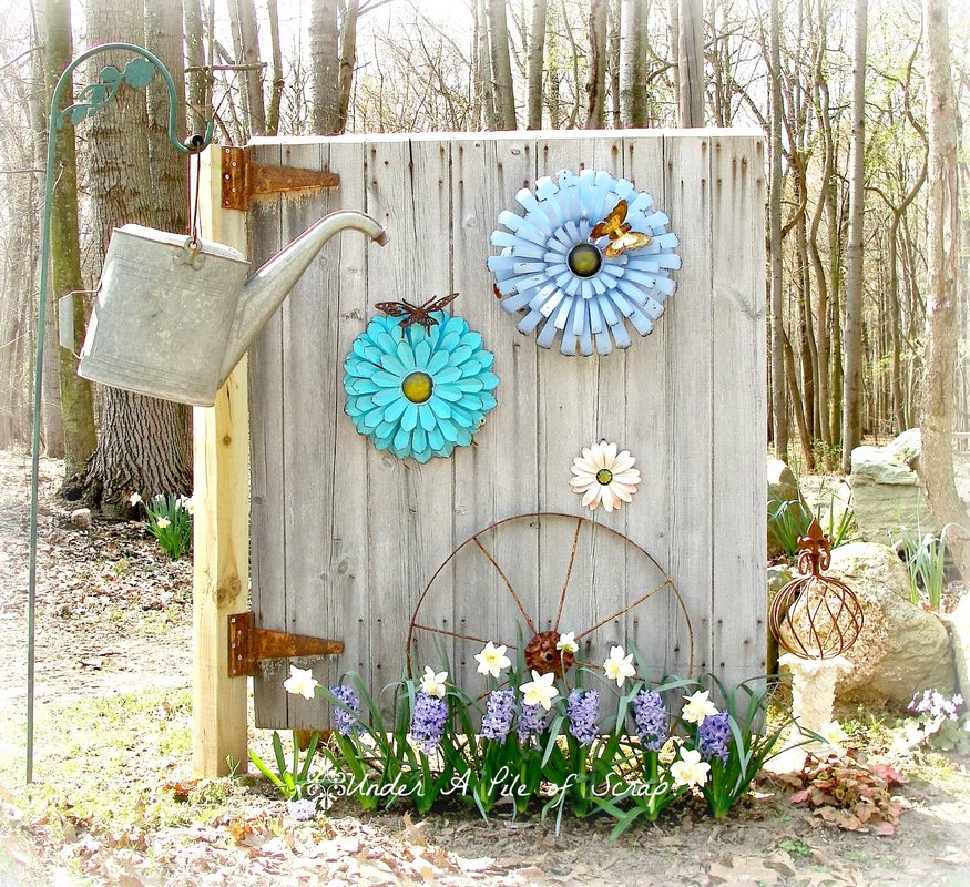 Wooden Garden Decorations for Spring