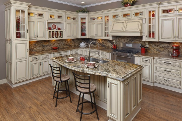 Antique Look On Kitchen Cabinets
