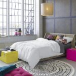 Easily Decorate Your Bedroom