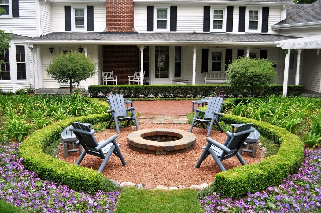 Landscaping Around A Fire Pit