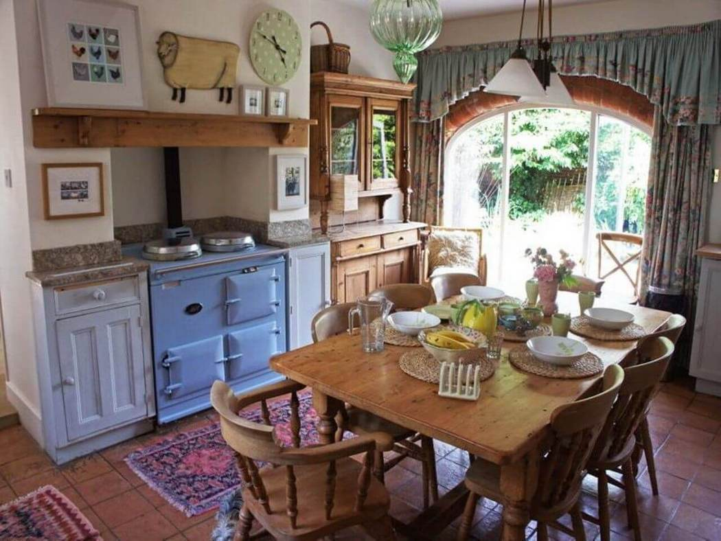 Old Looking Farmhouse Kitchen Cabinets