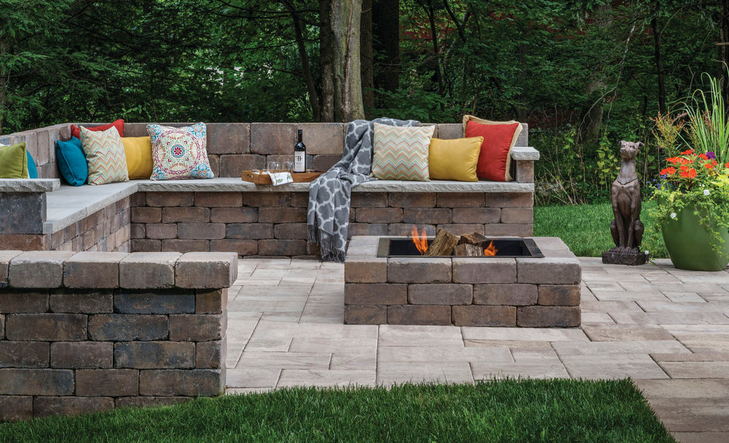 Patio With Wall Seating